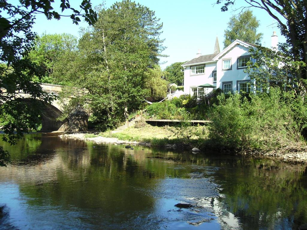 Super River Cottage Bb Uk Ingleton Uk Booking Com Largest Home Design Picture Inspirations Pitcheantrous