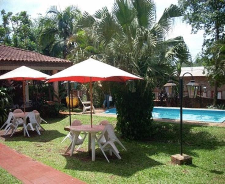 The swimming pool at or near El Guembe Hostel House