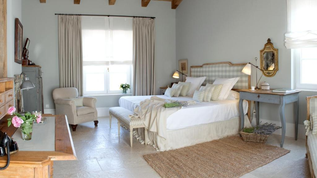boutique hotels in avila  78