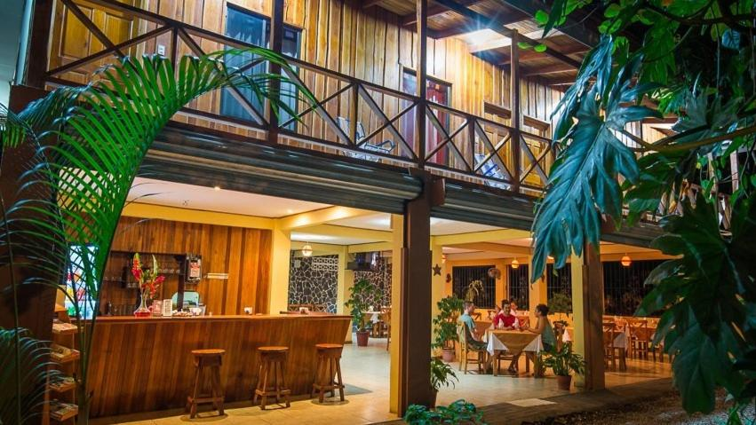 H&b Photo h&b lodge restaurant, tambor, costa rica - booking