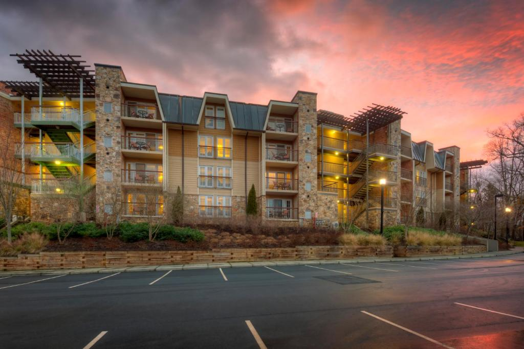 The Residences at Biltmore - Ashevi, Asheville, NC ...
