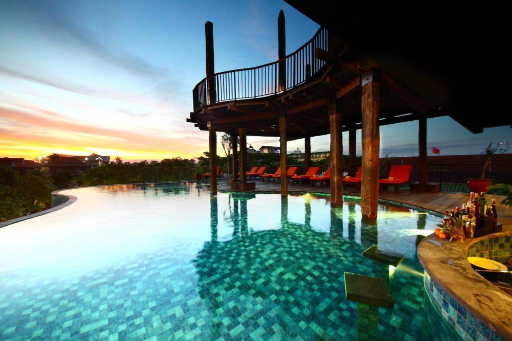 The Sun Island Hotel And Spa Legian
