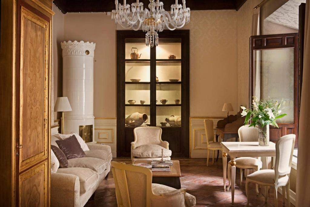 boutique hotels in granada  170