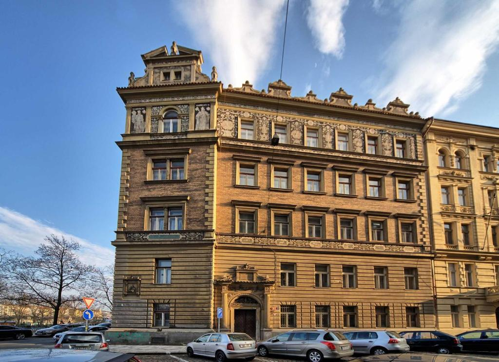Riverside Apartment, Prague, Czech Republic - Booking.com