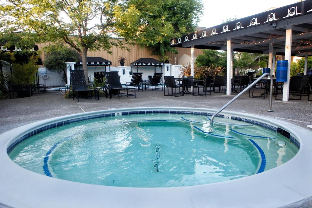 Mount View Hotel & Spa, Calistoga, CA - Booking.com