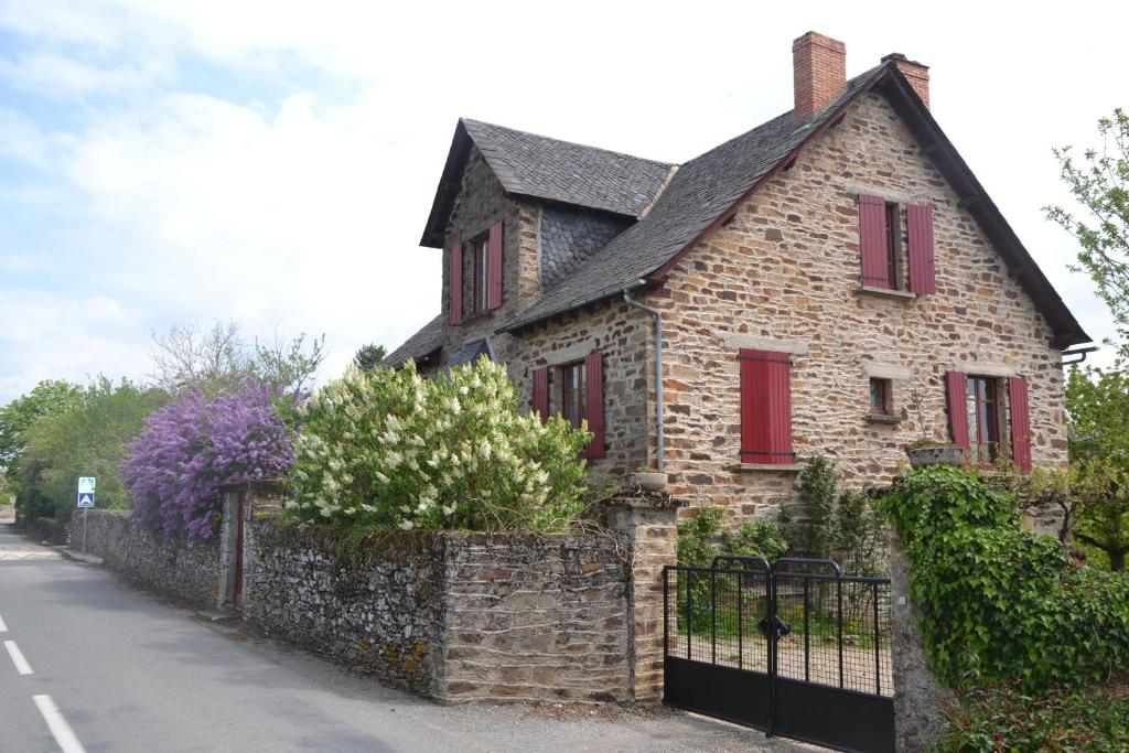 B b chambres d 39 h tes chambre d 39 h tes les lilas france for Reservation chambre d hote