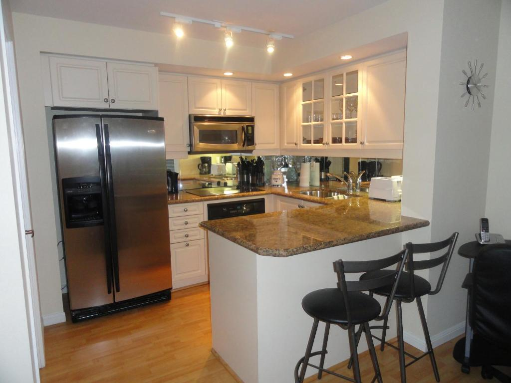 Apartment Toronto Furnished Ltd, Canada - Booking.com