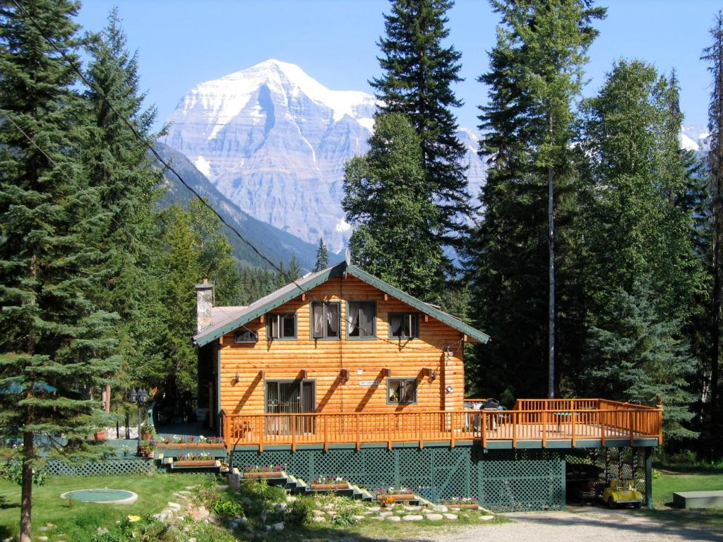 Mountain River Lodge Mount Robson Canada Booking Com