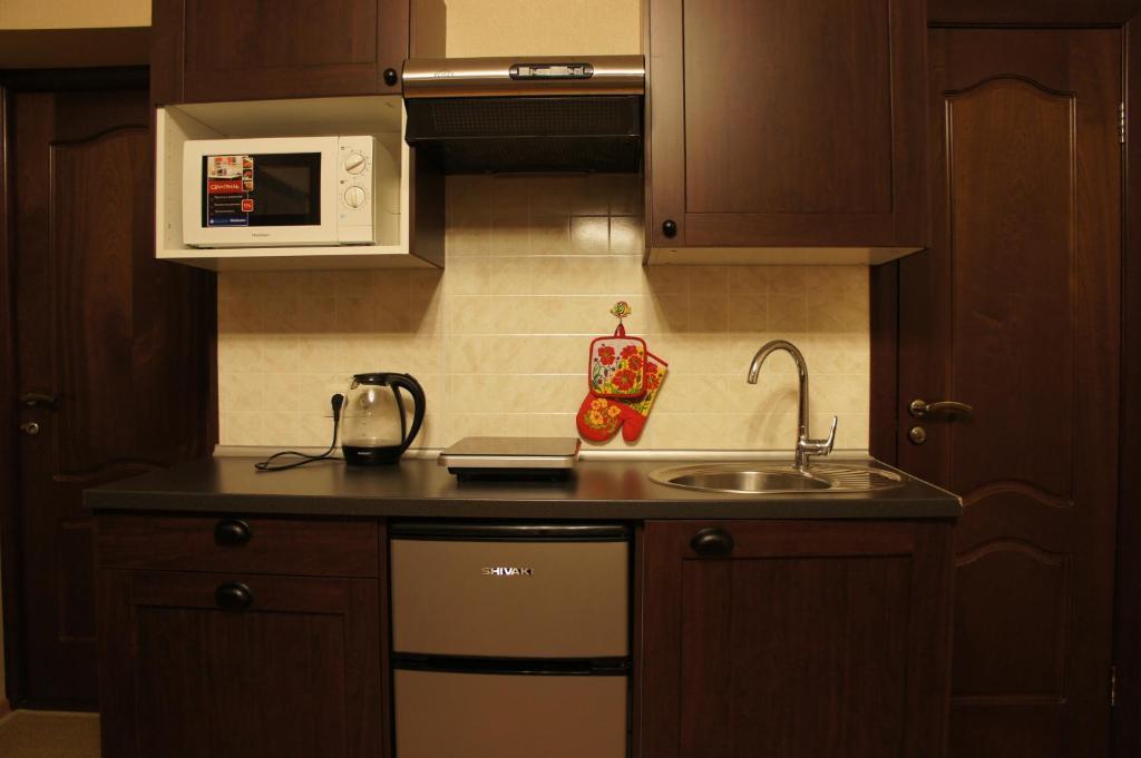 Апартаменты-студио, мини-кухня - foto astoria club, orel - t.