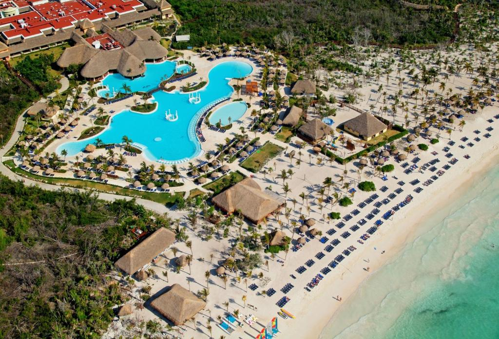 Resort Grand Palladium Riviera, Akumal, Mexico - Booking.com