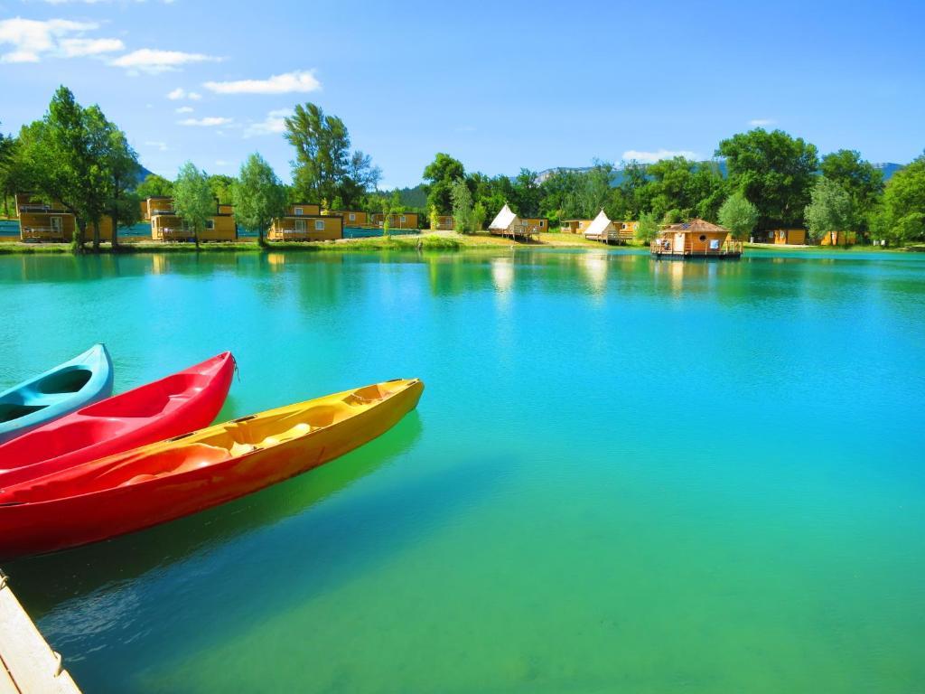 """Résultat de recherche d'images pour """"camping le lac bleu"""""""