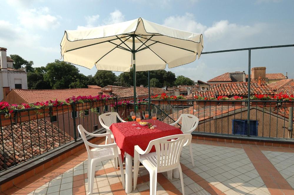 Hotel Hesperia Venice Italy Booking Com