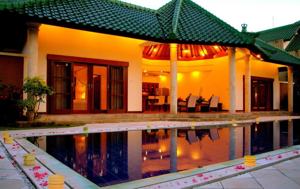 The swimming pool at or near Bali Emerald Villas