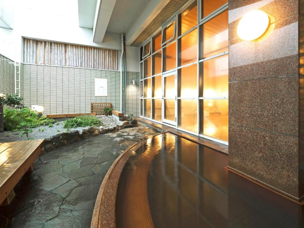 ポイント2.甑島でここだけ!天然温泉の大浴場