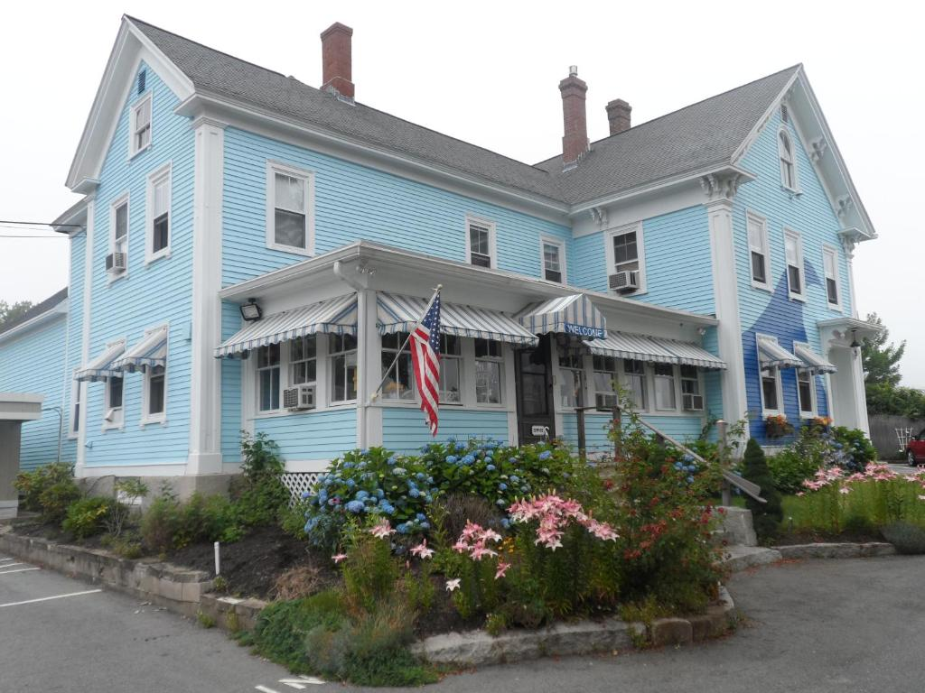 vacation rates sandy pets area allowed gallery cheap in rental beach drakes daily cottage kitchen maine cottages wells