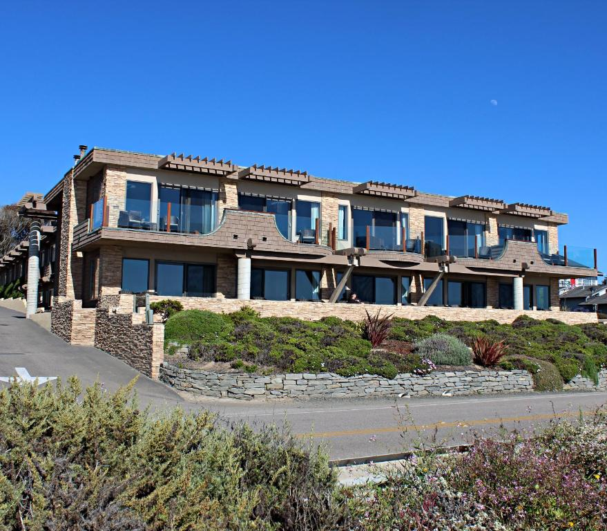 Hotels On Moonstone Beach Ca