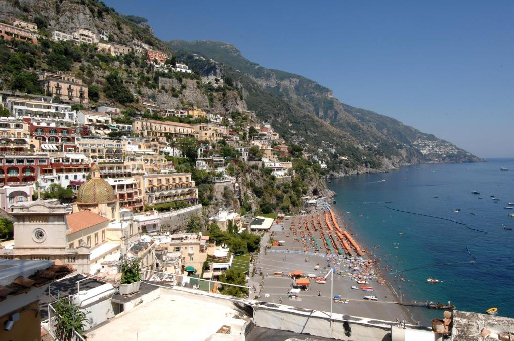 Casa bouganville positano updated 2018 prices for Casa positano