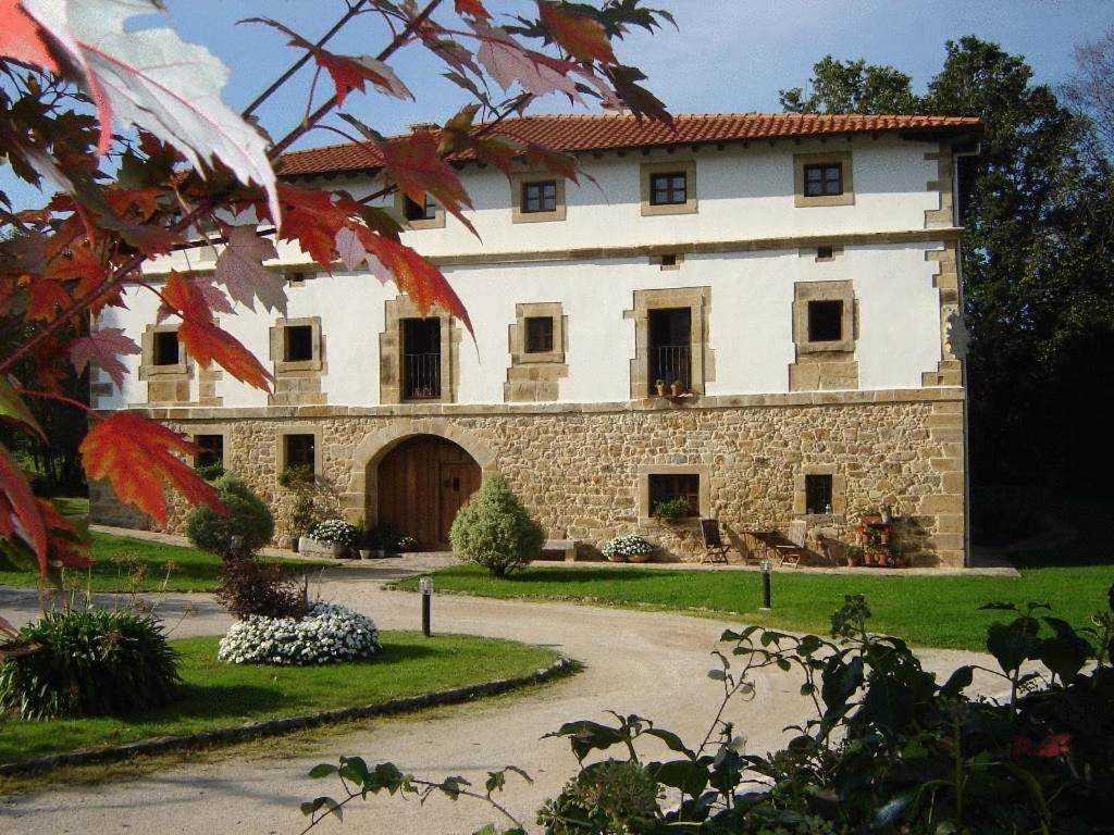 boutique hotels in san pantaleón de aras  1