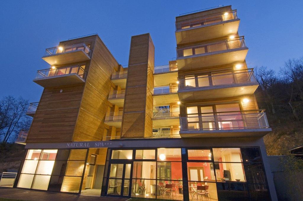Apartments In Pont-de-labeaume Rhône-alps
