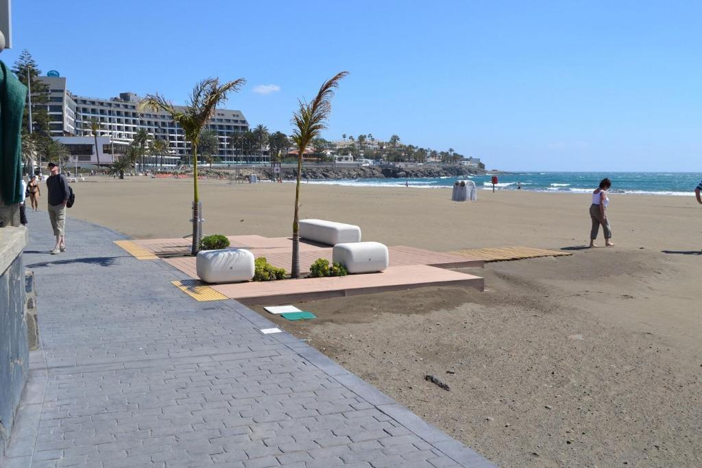 Apartamento playa de las burras espa a maspalomas - Burras para ropa ...