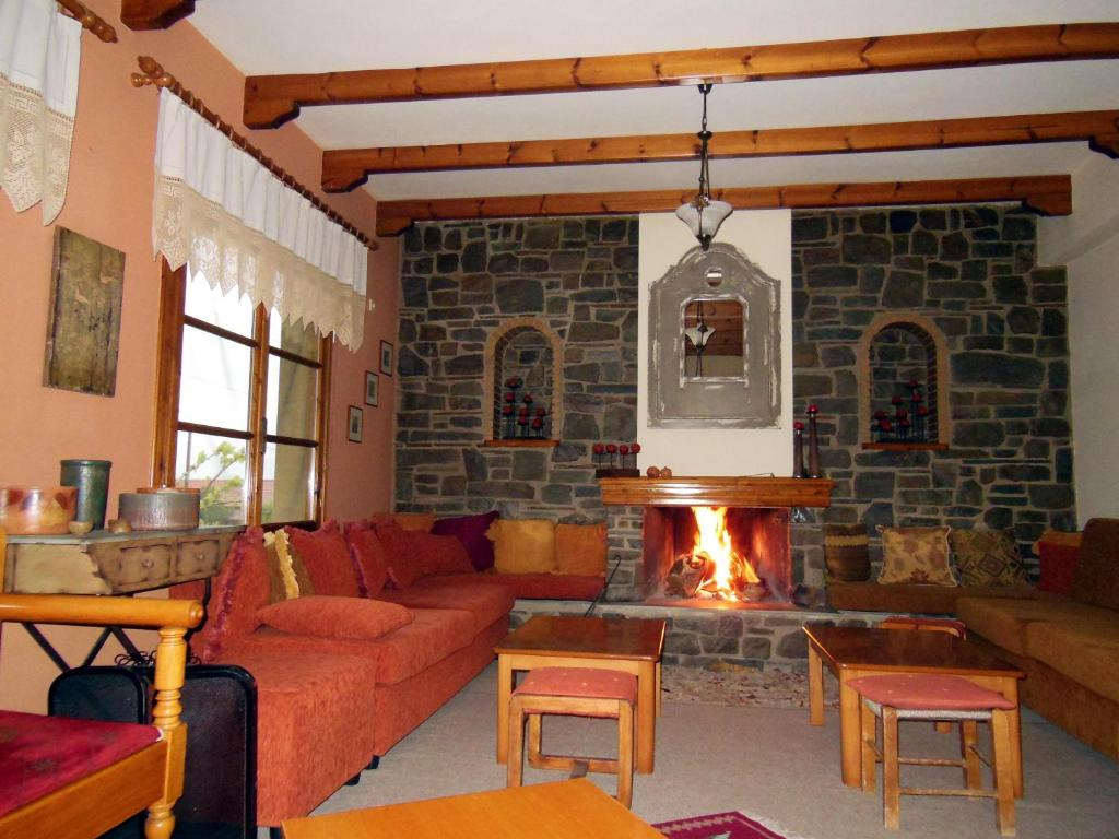 Дом в деревне в остров Фтиотида