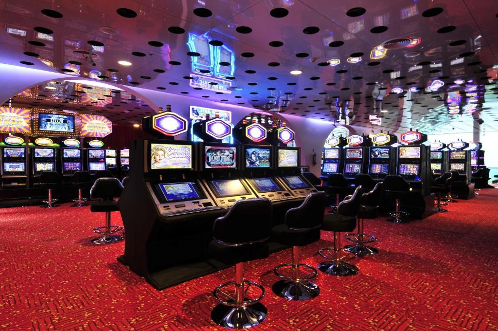 Rivera casino 2008 american casino guide