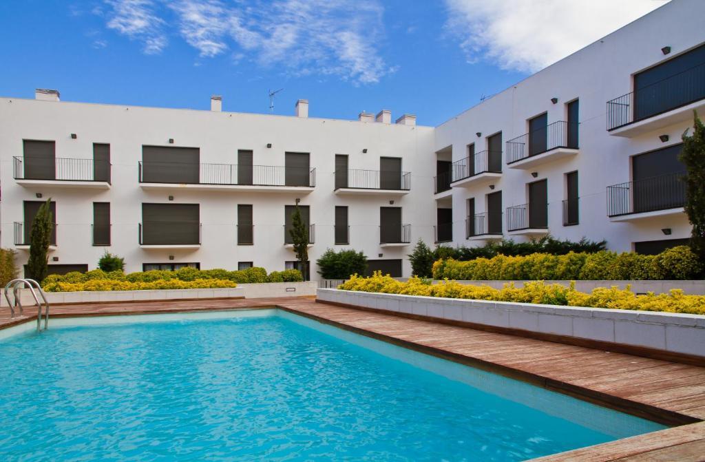 Appartement pierre vacances estartit espagne l 39 estartit for Reservation appart hotel espagne