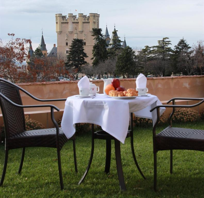 boutique hotels in castile and leon  165