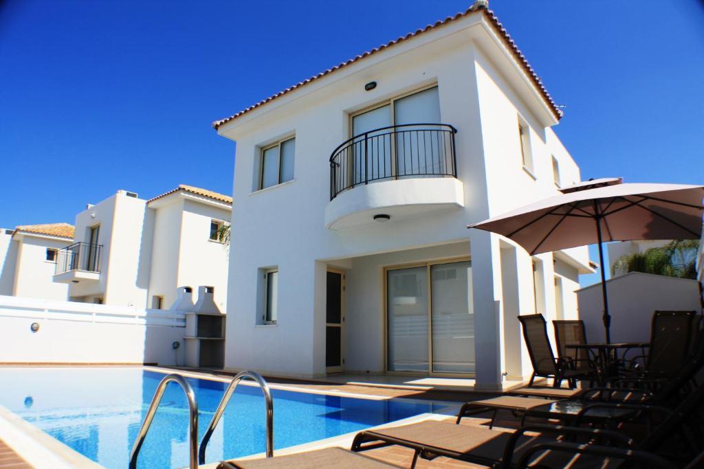 Palm tree villas protaras cyprus for Palm tree villas 1