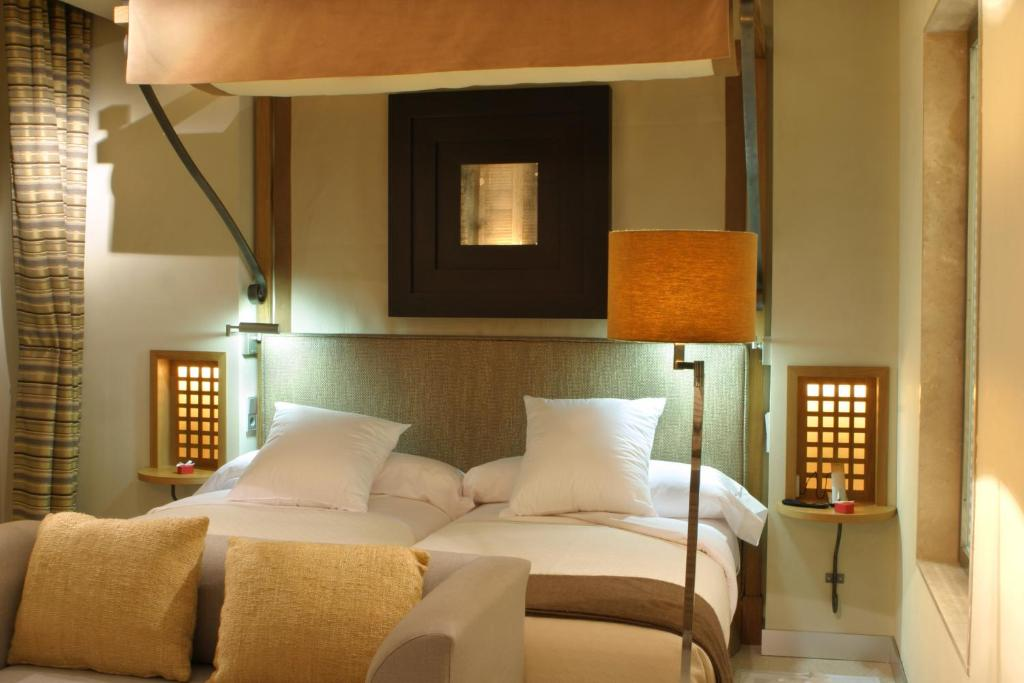 boutique hotels in granada  258