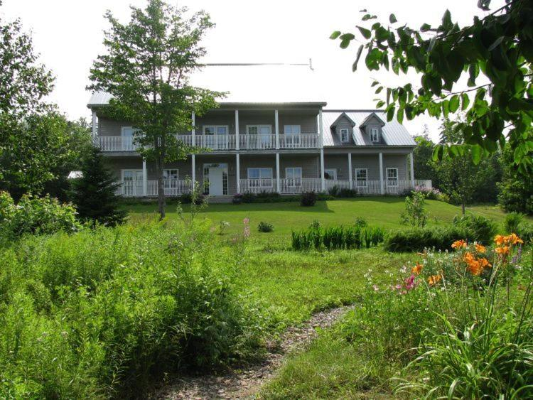 Tulloch Inn & Gifts, Inverness, Canada - Booking.com