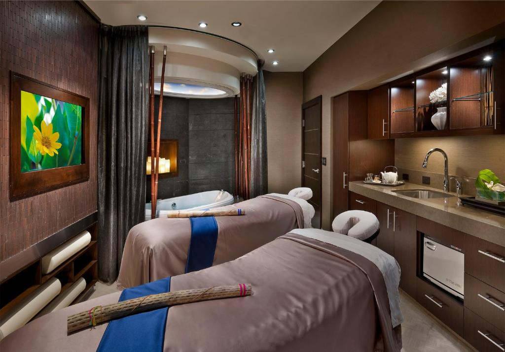 Atlantis Hotel Reno NV