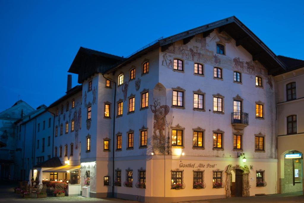 Hotel Gasthof Alte Post, Holzkirchen, Germany - Booking.Com