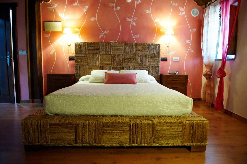 boutique hotels in santillana del mar  78