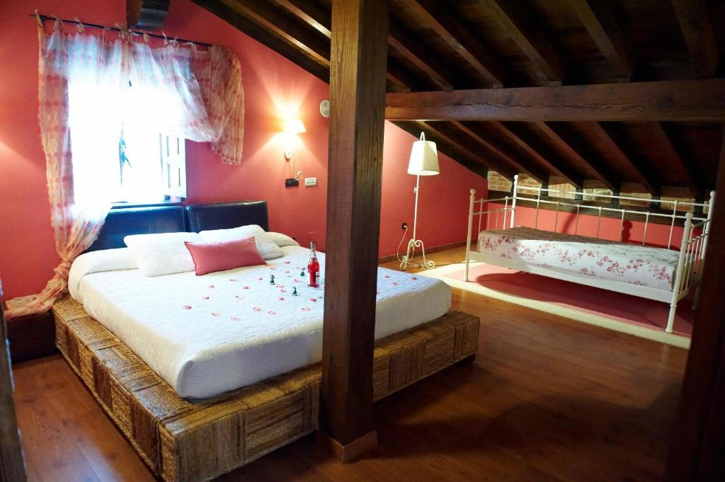 boutique hotels in santillana del mar  74