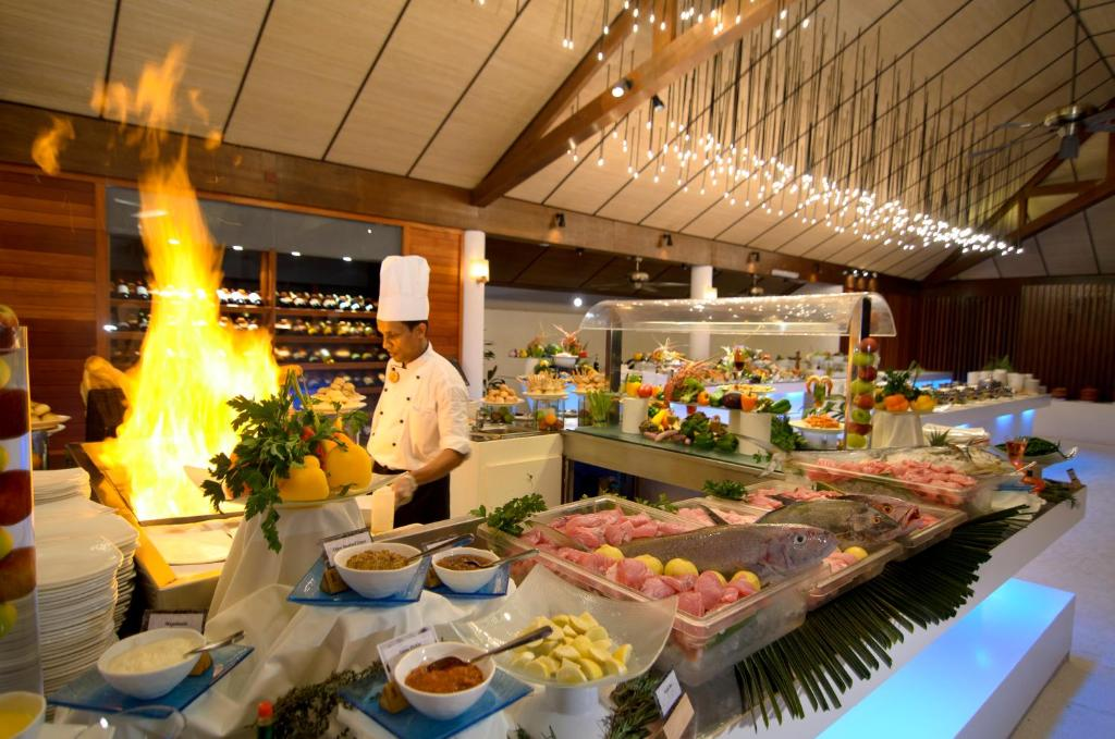 Lily Beach Resort and Spa - All Inclusive, buffet restaurant