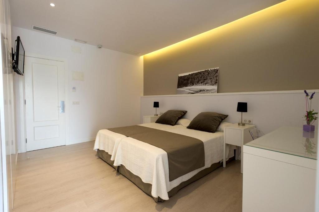 boutique hotels in menorca  91
