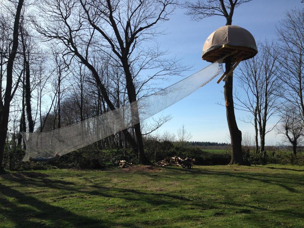 cabane dans les arbres parc etretat normandie