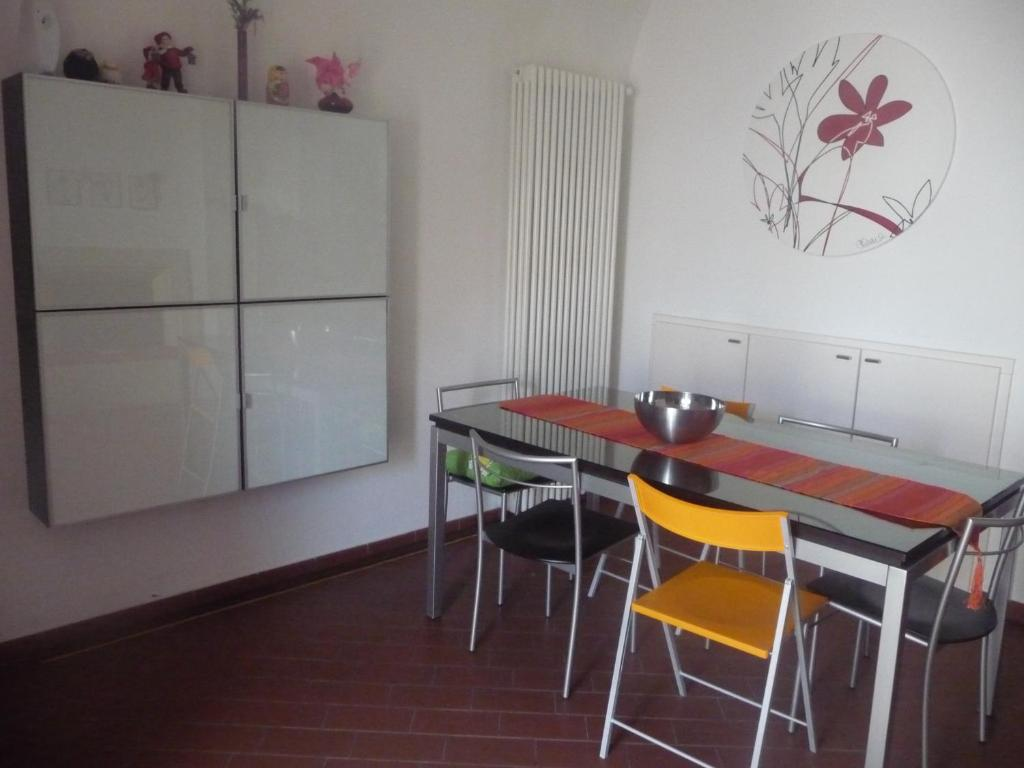 Vacation Home Casa Betti Monte Sant Angelo Italy Booking Com # Monte Pio Muebles