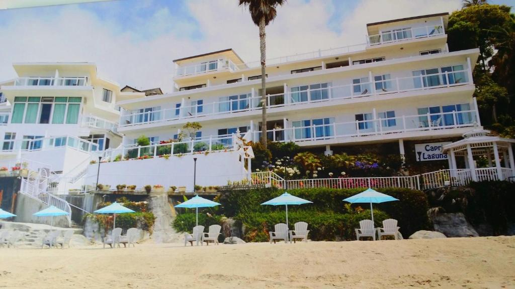 Hotel capri laguna on the beach laguna beach ca for Beach boutique hotel