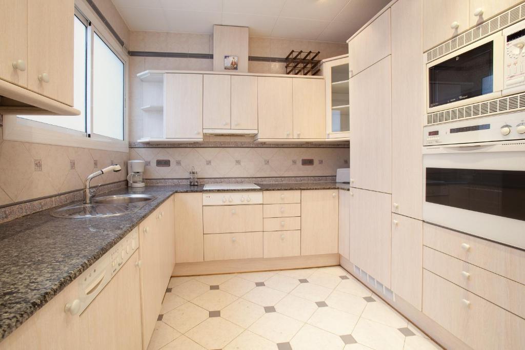 Akira Flats Clot Apartments imagen