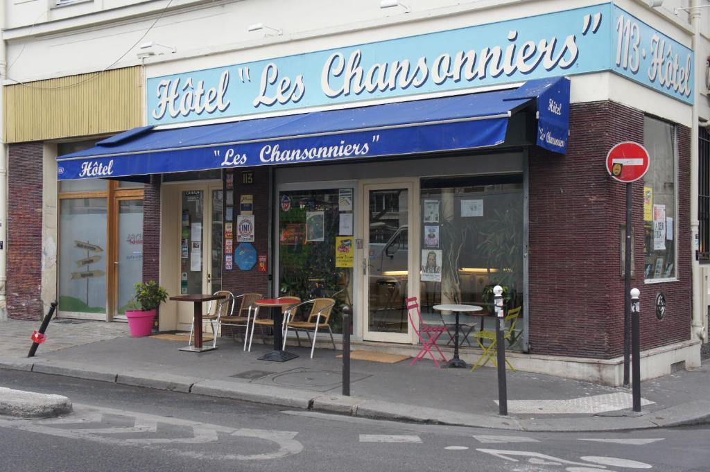 Les Chansonniers Paris Hotel