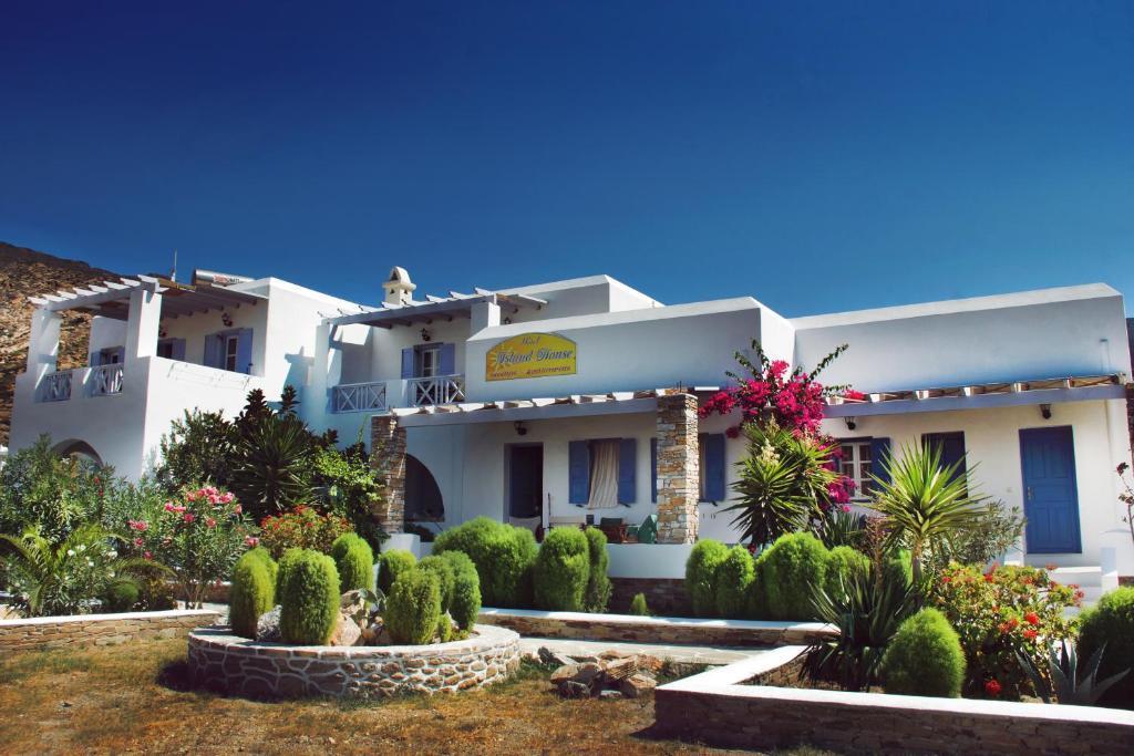 29293414 - Island House Mare