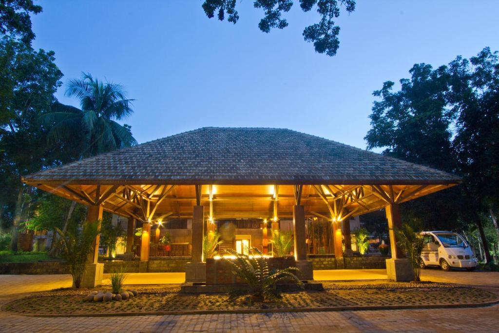 Dusai Resort Spa Price