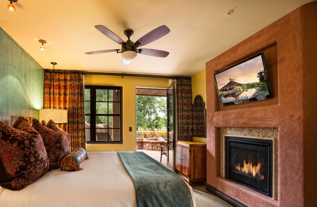 gallery image of this property - Canyons Resort Hotels