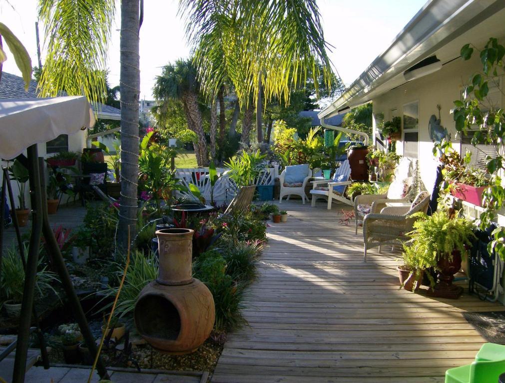 Mango Street Inn, Fort Myers Beach, FL - Booking.com