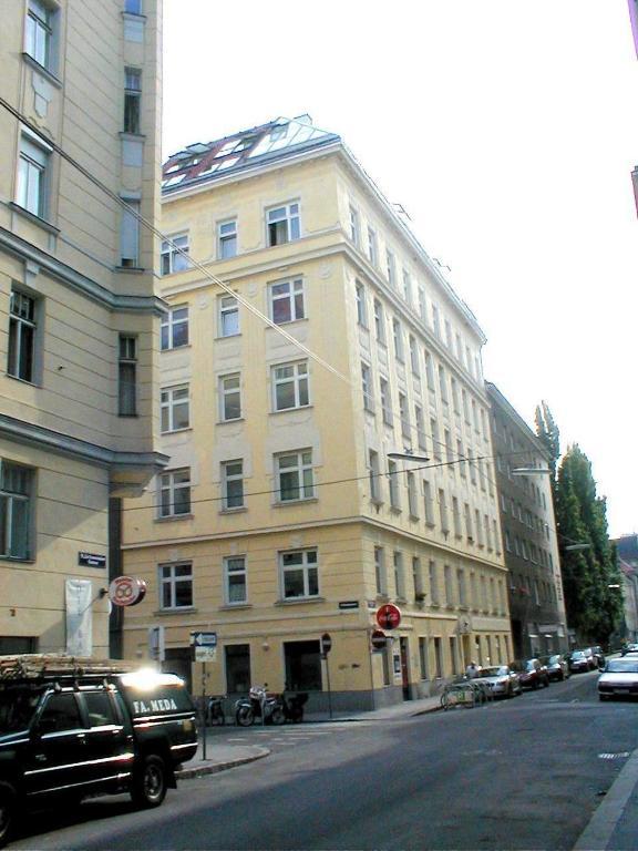 Apartment Lichtental, Vienna – Updated 2018 Prices