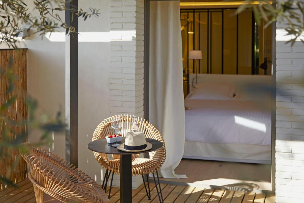 boutique hotels in pau  10
