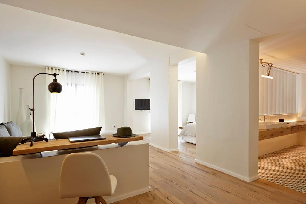 boutique hotels in pau  22