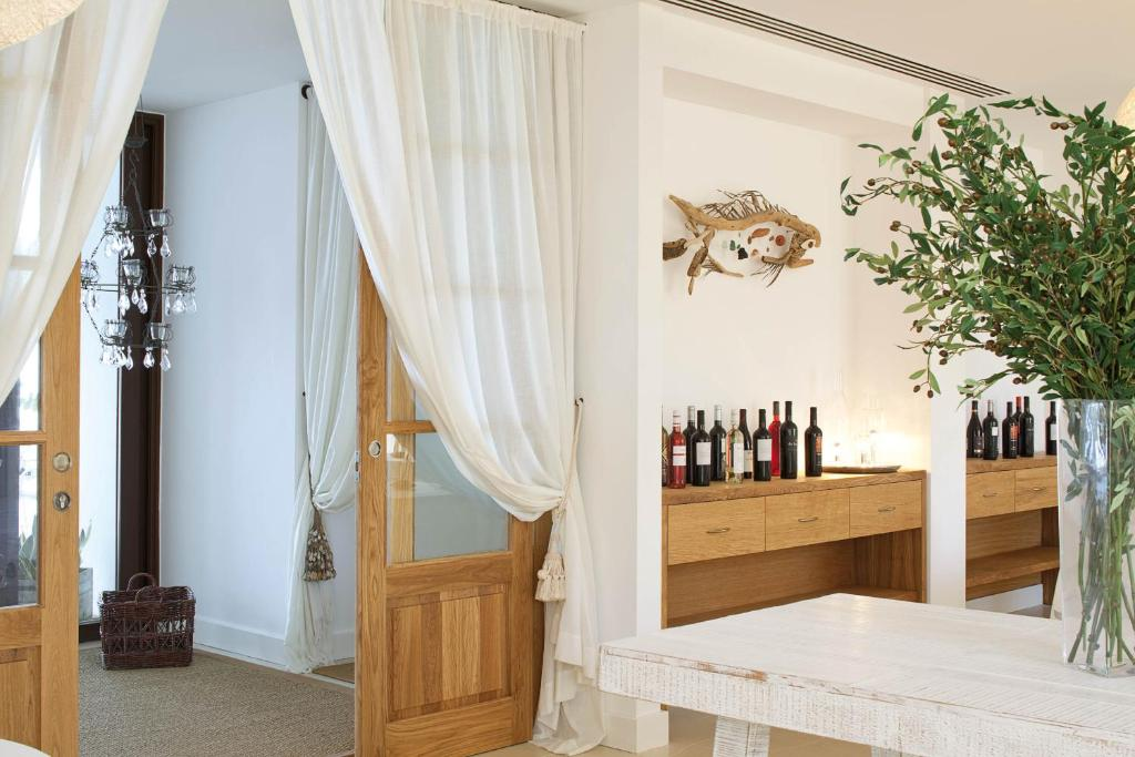boutique hotels in sant francesc xavier  23